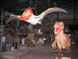 博物館用。 翼竜と恐竜。 発泡、FRP